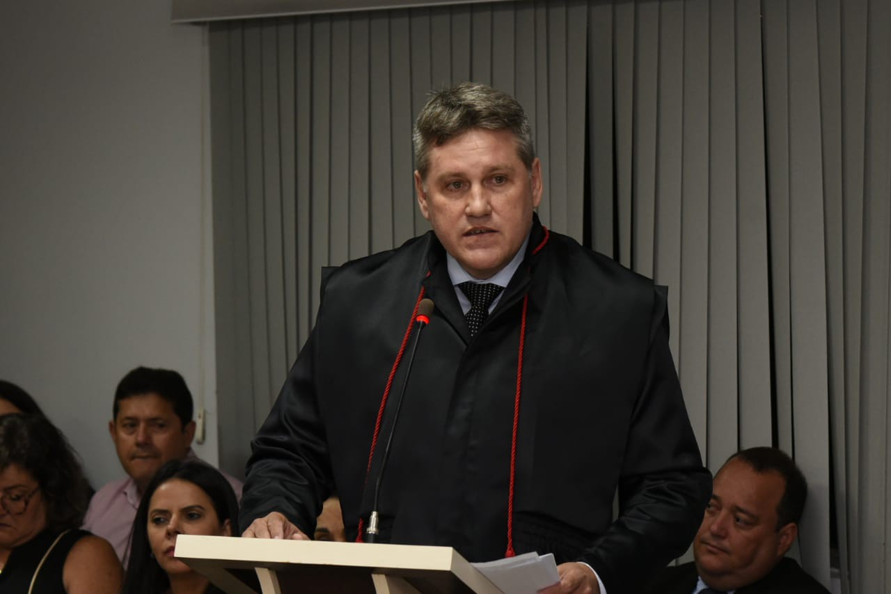 Procurador Moaciar Camargo